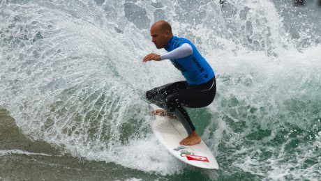 Went today to the US Open of Surfing in Huntington Beach, just 45 minutes south of where I live. I don't know much about surfing but this guy is awesome.