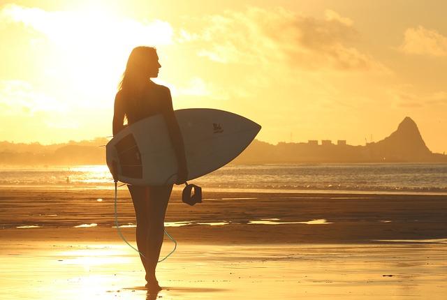 beach-1838501_640