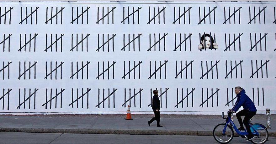 Imagen de la obra de Banksy en el Bowery Houton Wall en Manhattan